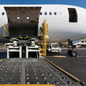 Ingin Kirim Barang Melalui Cargo Udara? Simak Dulu Serba – Serbinya